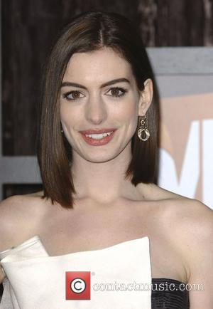 Hathaway To Open Oscars With Song-and-dance Man Jackman?