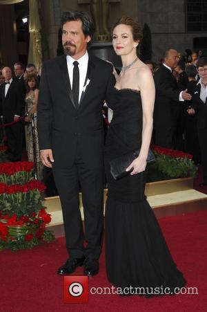 Josh Brolin and Diane Lane The 81st Annual Academy Awards (Oscars) - Arrivals at the Kodak Theatre Hollywood, California -...