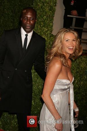 Elle Macpherson The 81st Annual Academy Awards (Oscars) - Vanity Fair Party Hollywood, California - 22.02.09
