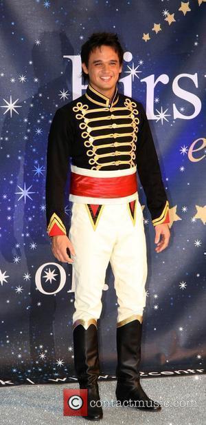 Gareth Gates Celebrities Promote Panto Season at the O2 Centre - Photocall London, England - 19.11.08