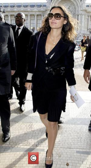 Virginie Ledoyen Paris Fashion Week - Spring/Summer 2009 - Chanel - Arrivals Paris, France - 03.10.08