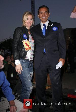 Drew Barrymore and Antonio Villaraigosa