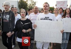 Luke Worrall, Kelly Osbourne, Perez Hilton, Shanna Moakler and Emmy Rossum Celebrities participate in a march against Proposition 8 -...