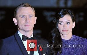 Craig Talks Of 'Emotional' Bond At Quantum Of Solace Premiere