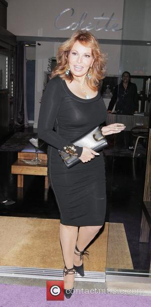 Raquel Welch attending the grand opening of the Colette Jewelry store. Los Angeles, California - 18.11.08