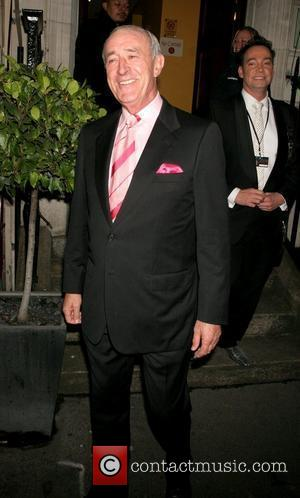 Len Goodman The Royal Variety Performance held at the London Palladium - Departures London, England - 11.12.08