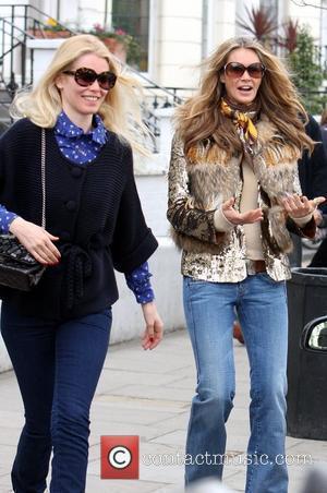 Claudia Schiffer and Elle Macpherson