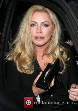 Shannon Tweed  leaving the Ivy restaurant Los Angeles, California - 10.03.09