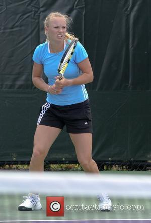 Caroline Wozniacki Practice for the Sony Ericsson Open Key Biscayne, Florida - 23.03.09