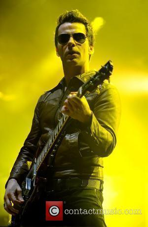 Kelly Jones of Stereophonics performing live on stage at the O2 Arena. London, England - 20.12.08