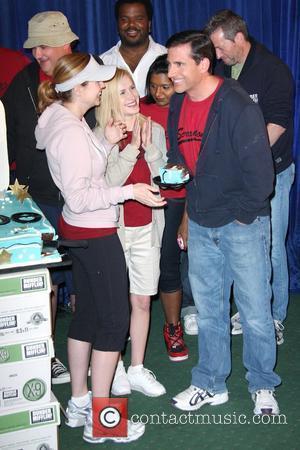 Jenna Fischer and Steve Carell