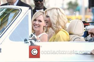 Tori Spelling and Jennie Garth