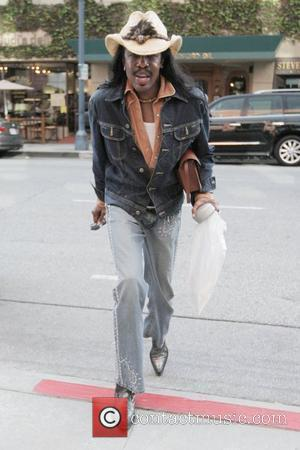 Verdine White of Earth Wind And Fire arrives at a medical building in Beverly Hills Los Angeles, California - 06.03.09