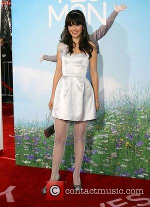 Zooey Deschanel Los Angeles Premiere of 'Yes Man' held at the Mann Village Theatre - Arrivals Los Angeles, California -...
