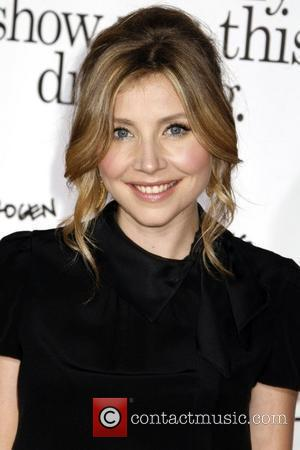 Sarah Chalke Los Angeles Premiere of 'Zack and Miri Make A Porno' held at Grauman's Chinese Theater Hollywood, California -...