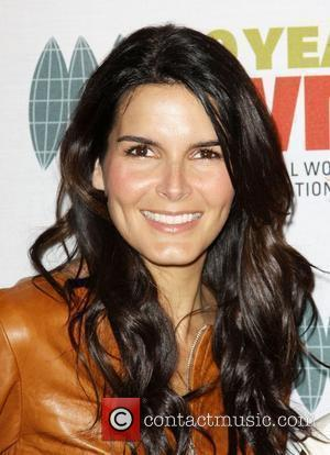 Angie Harmon 4th Annual The IWMF Courage in Journalism Awards  Held at The Beverly Hills Hotel Beverly Hills, California...