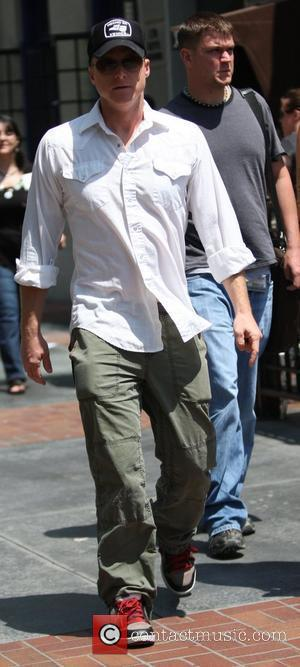 Alan Tudyk out and about enjoying a sunny day San Diego, California - 23.07.09