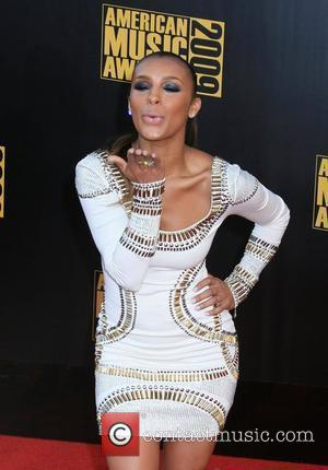 Melody Thornton 2009 American Music Awards - Arrivals held at the Nokia Theatre L.A. Live Los Angeles, California - 22.11.09