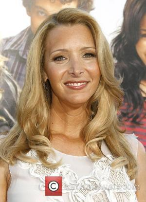 Kudrow Wants Mini Friends Reunion