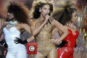 Beyonce Knowles and Staples Center