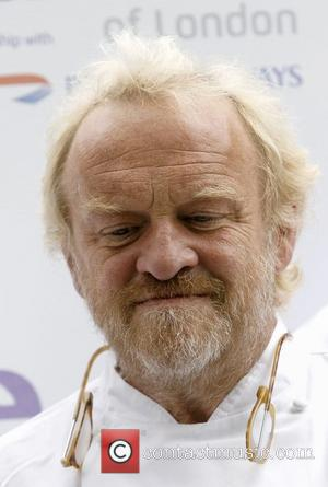 Antony Worrall Thompson Seeks Help After Shoplifting Incident