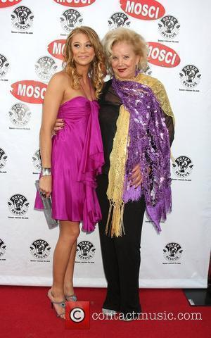Kristen Renton and Sally Kirkland