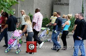 Britney Spears visits London Zoo with her children Sean Preston and Jayden James London, England - 16.06.09