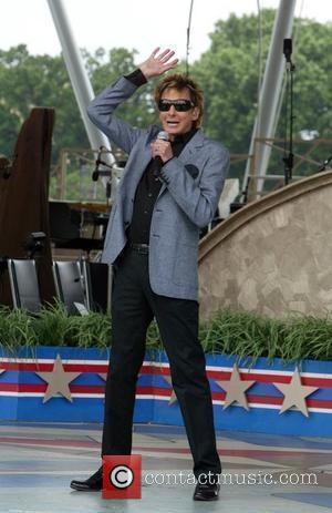 Barry Manilow PBS and the National Park Service hold a dress rehearsal for the 'Capitol Fourth' concert to take place...