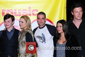 Chris Colfer, Dianna Agron, Mark Salling, Lea Michele and Cory Monteith The cast of Glee sign copies of 'Glee: The...