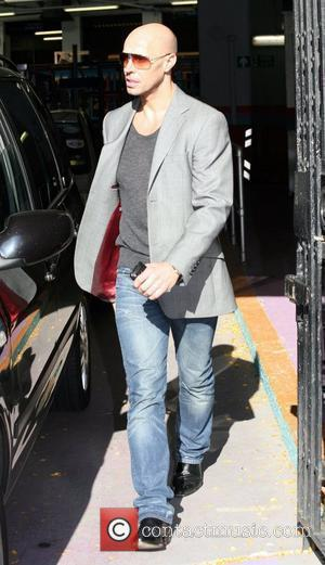 Jason Gardiner leaves the 'This Morning' studios London, England - 13.10.09