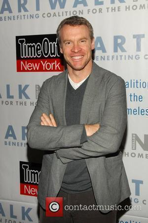 Tate Donovan Artwalk Benefiting the 'Coalition for the Homeless' at Skylight Studios, Hudson Street New York City, USA - 17.11.09