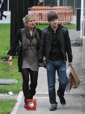 Mikey North and Girlfriend  Coronation Street soap stars leaving Granada Studios. Manchester, England - 09.10.09