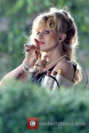 Lucy Punch looking messy while on the set of her new film 'Dinner for Schmucks'  Los Angeles, California -...