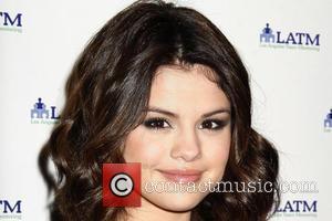 Gomez: 'Lautner Has Made Me So Happy'