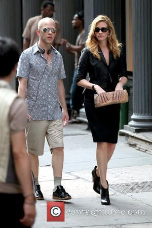 Julia Roberts  on the set of her upcoming film 'Eat, Pray, Love' shooting in Manhattan New York City, USA...