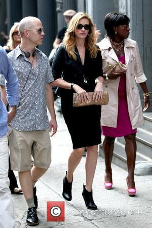 Julia Roberts and Viola Davis on the set of their upcoming film 'Eat, Pray, Love' shooting in Manhattan New York...