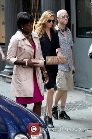 Viola Davis and Julia Roberts
