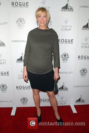 Actress Jenna Elfman, Genesis and Jenna Elfman