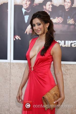 Noureen DeWulf  The 'Entourage' 6th Season Premiere at the Paramount Theater on the Paramount Pictures Studio - Arrivals...