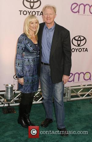 Ed Begley Jr and Guest 2009 Environmental Media Awards held at Paramount Studios  Los Angeles, California - 25.10.09