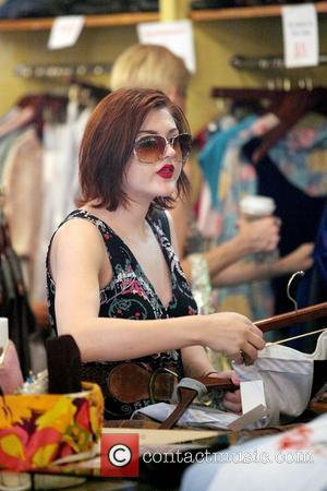 Frances Bean Cobain shopping at the vintage boutique Zachary's Smile in the East Village New York City, USA - 19.08.09
