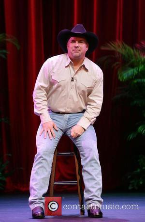 Garth Brooks announces that he will come out of retirement to perform a series of special engagements at the Encore...