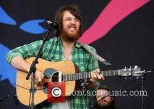Robin Pecknold Back With Girlfriend After Album Bust-up