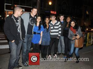 Mark Salling, Cory Monteith, 2 Fans, Kevin Mchale, Chris Colfer and Amber Riley From Cw's Glee