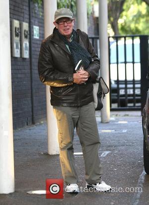 Richard Wilson outside the 'GMTV' studios London, England - 18.09.09