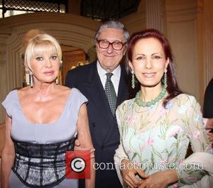 Ivana Trump, Guest and Jasmine Horowitz Liz Brewer and Goodlife host a reception at Partridge Fine Art gallery London, England...