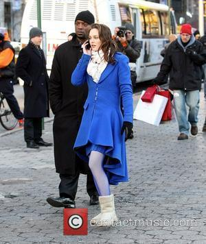 Ed Westwick and Leighton Meester Filming Scenes For Gossip Girl On Location