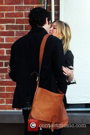 Penn Badgley and Hilary Duff