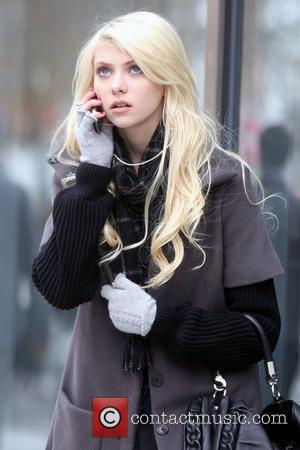 Taylor Momsen on the set of 'Gossip Girl' shooting on location in Manhattan New York City, USA - 02.12.09