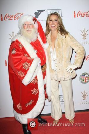 Melora Hardin and Santa Claus